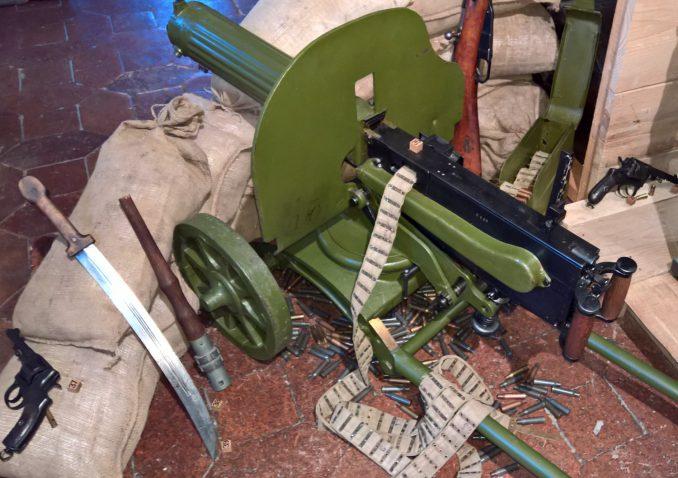 Maschinengewehr Maxim 10